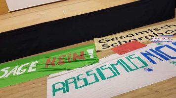 Gesamtschüler demonstrieren gegen Rassismus