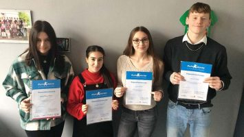 Vier Schüler erhalten ein Stipendium der RAG Stiftung RuhrTalente